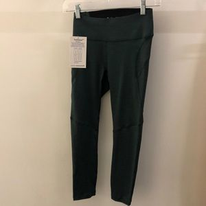 Outdoor Voices green TechSweat 3/4 legging, sz xs